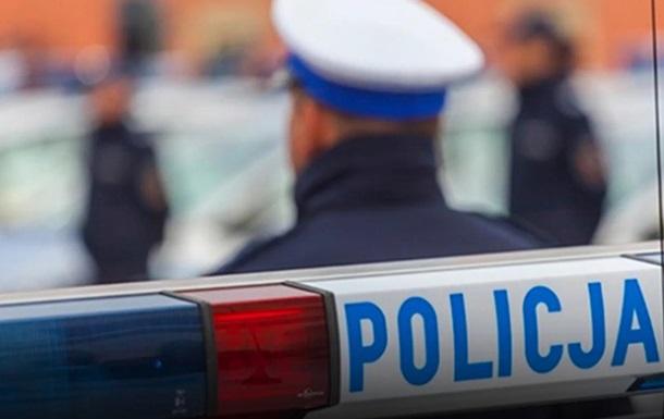 У Польщі автобус потрапив в аварію, постраждали українки