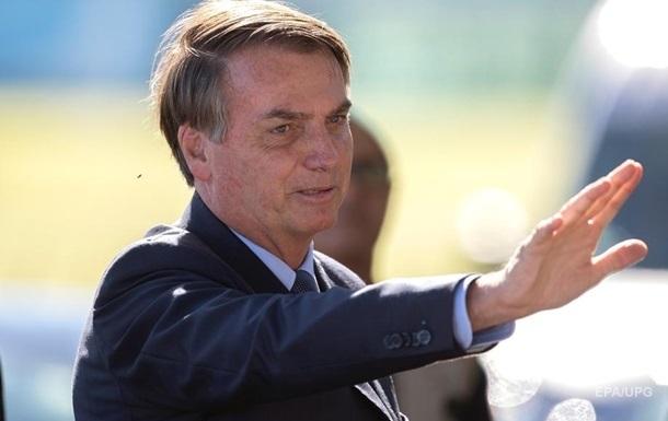 Президент Бразилії запідозрив у себе COVID-19
