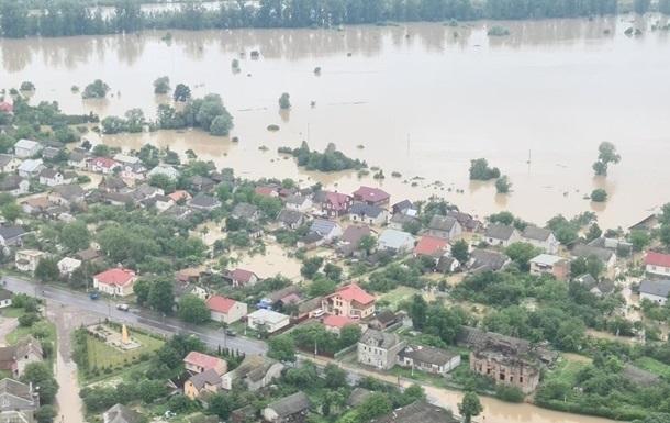 Британия окажет финансовую помощь пострадавшим от паводка украинцам
