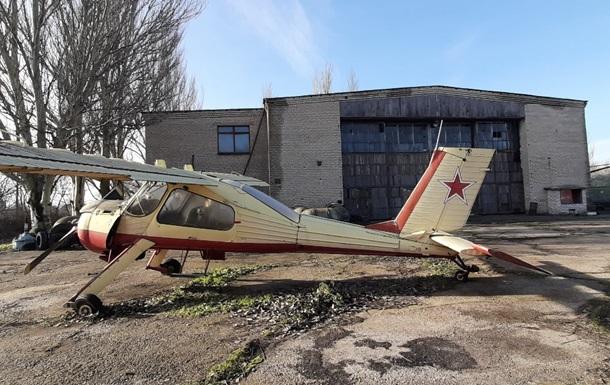Минюст продает 26 старых самолетов в счет долгов по зарплате предприятия