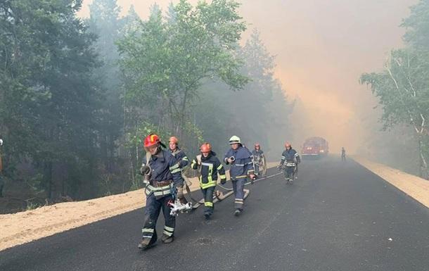 На Луганщине горит село, есть жертвы