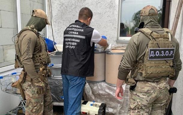 Прикордонники накрили нарколабораторію, яка постачала  товар  за кордон