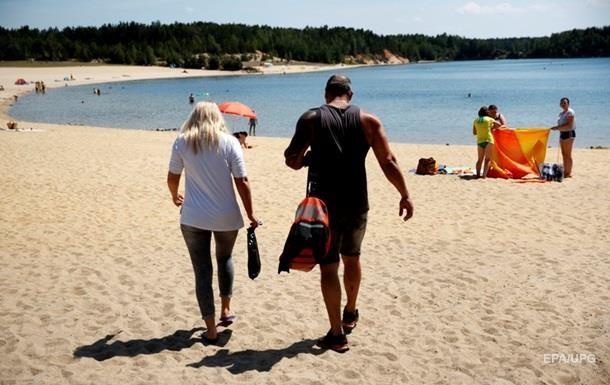 На 12 пляжах Киева запретили купаться из-за кишечной палочки