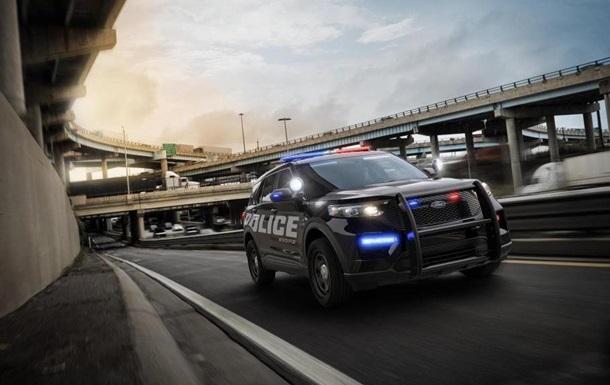 Співробітники Ford просять не випускати авто для поліції через расизм