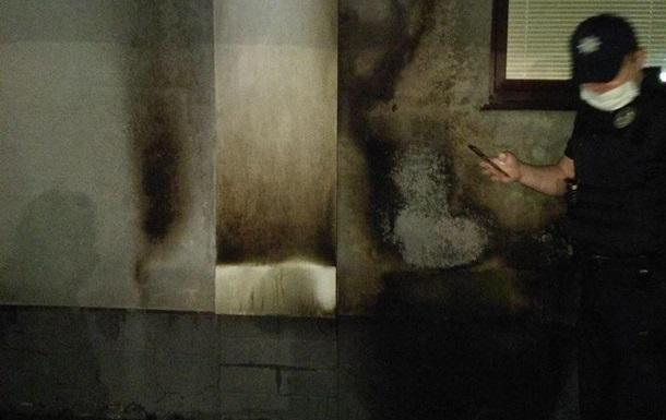 Поліція розслідує підпал будинку в Харкові