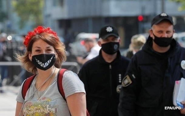Украинцев оштрафовали на семь млн грн за карантин