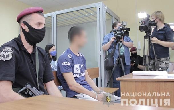 Суд заарештував трьох підозрюваних у пограбуванні автомобіля Укрпошти