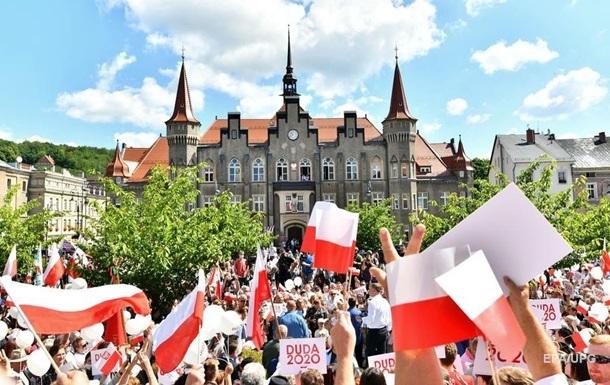 У Польщі проходить другий тур виборів президента