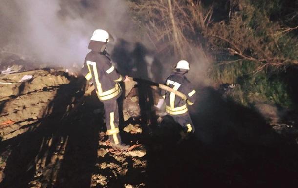 В Киеве ночью горела мусорная свалка