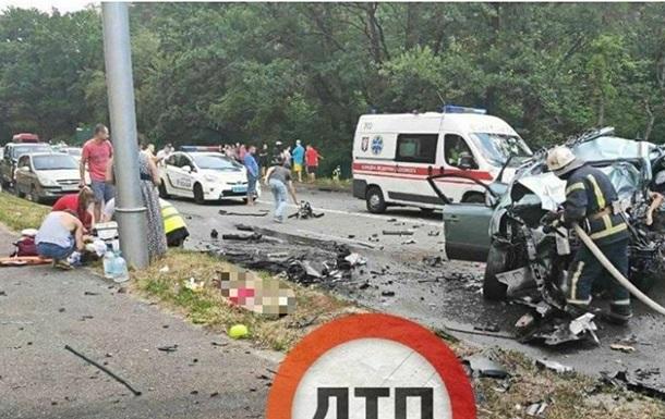 П яний водій Mercedes влаштував ДТП: загинули двоє дітей і батьки