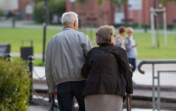 Названо число пенсіонерів, які отримують високі виплати