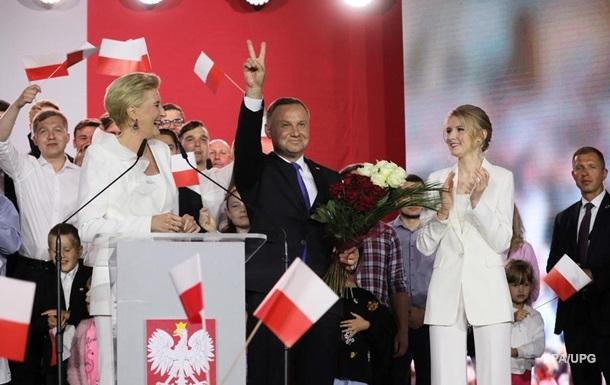 Трилер у Польщі. Фотофініш на виборах президента