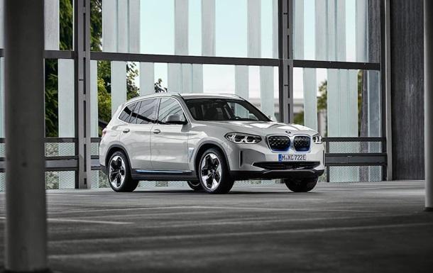 Представлен серийный электро кроссовер BMW iX3