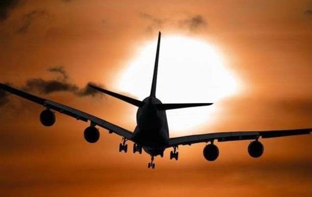 Авиаперевозки в Украине сократились почти на 70%