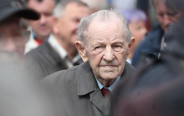 ЗМІ повідомили про смерть останнього генсека Чехословаччини