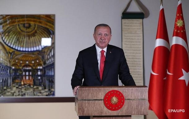 Эрдоган назвал перевод Святой Софии в мечеть исправлением ошибки