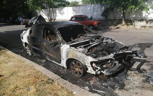 У Миколаєві згоріла машина глави Нацкорпусу