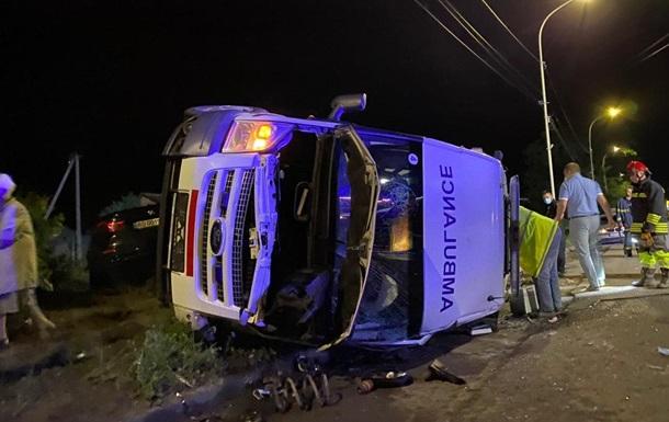 В Ужгороде BMW врезалась в 'скорую', пять пострадавших