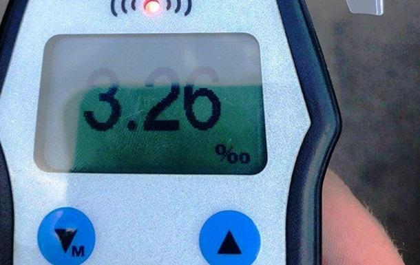 На Одещині п яний водій без прав встановив алкогольний антирекорд