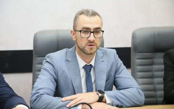 Особа, що кинула в Януковича яйцем, стала топ-менеджером Укрзалізниці