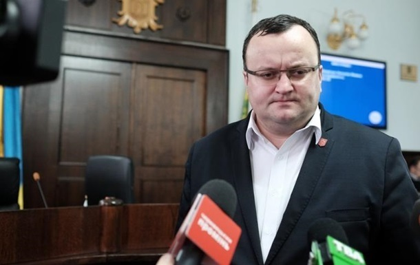 Верховний суд відсторонив мера Чернівців