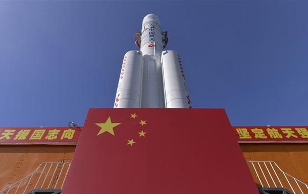 Китай подготовил ракету для запуска миссии на Марс