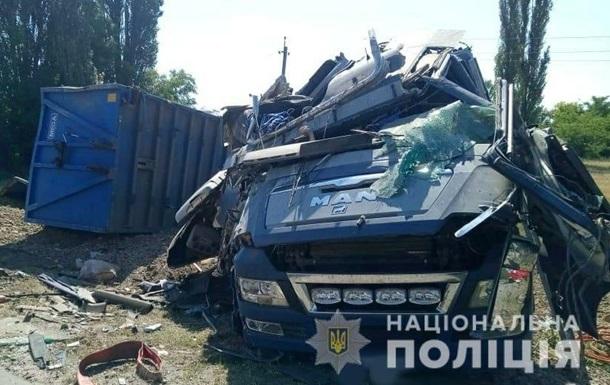 В Одеській області фура влетіла в Газель, є жертви