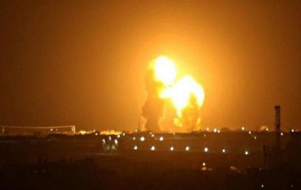 У Багдаді біля посольства США впали дві ракети