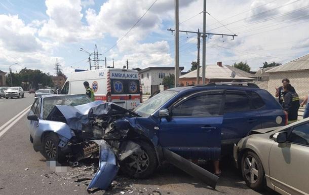 У Харкові в аварії постраждали п ятеро, в тому числі діти