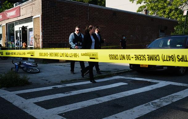 В Штатах при стрельбе погиб человек, восемь - ранены