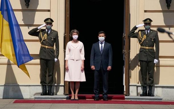 Зеленський зустрів президента Швейцарії в Маріїнському палаці