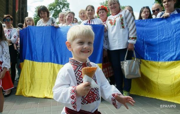 Більшість українців не підтримують ринок землі і легалізацію казино