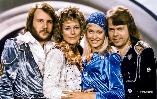 Группа ABBA выпустит новые песни в следующем году