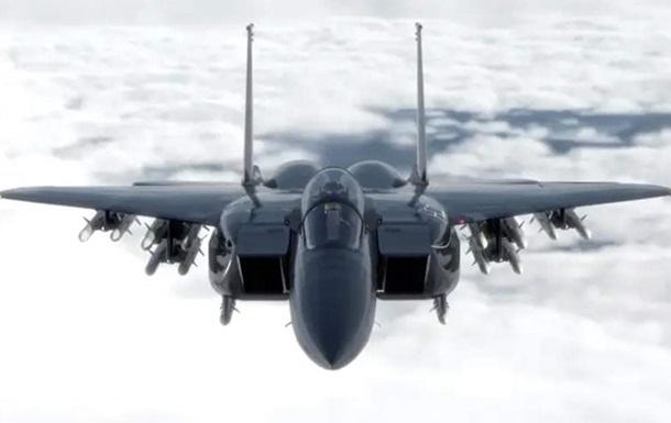 Винищувачі США  оглянули  літак Ірану