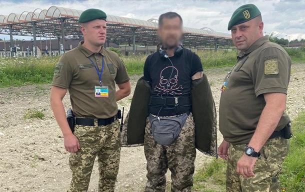 Иностранец пытался пересечь границу в форме украинского пограничника