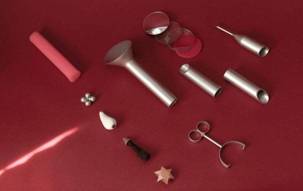 Дизайнер выпустил набор секс-игрушек для пожилых: фото