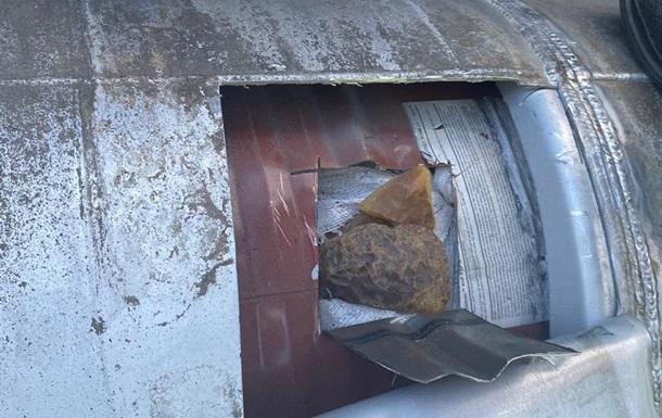 На Закарпатье выявили фуру с 250  литрами  янтаря в бензобаке