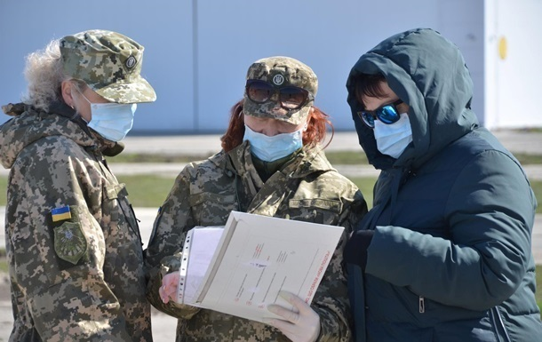 В Украине 155 военных болеют COVID-19