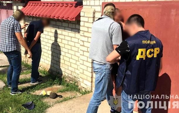 В Херсоне задержали банду, поставлявшую наркотики в колонию