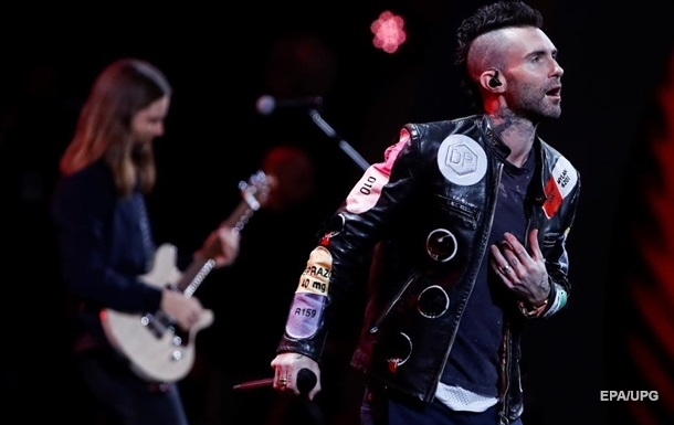 Maroon 5 випустили знятий на смартфон кліп