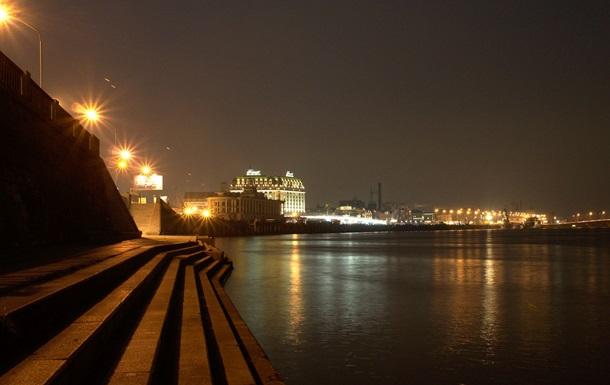 В Киеве дали свет в трех обесточенных районах