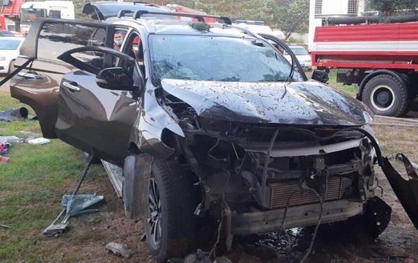 На Львовщине при взрыве во внедорожнике погиб мужчина