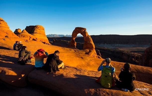 За пять месяцев 2020 года туризм потерял втрое больше, чем в 2009 году