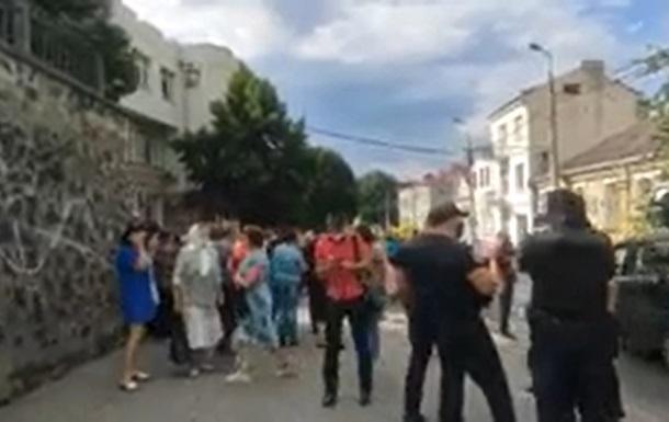 В Луцке второй день длится акция ветеранов и предпринимателей