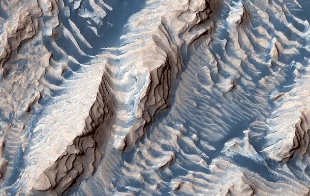 Путешествие марсианских мегаволн показали на фото