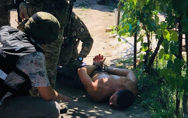 На Херсонщині чоловік під наркотиками відкрив стрілянину з рушниці