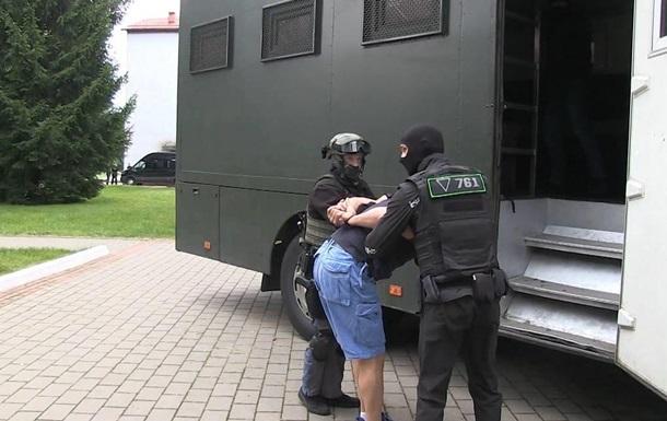 Задержанным в Беларуси россиянам объявили подозрение