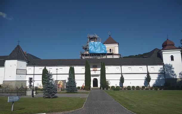 Во Львовской области закрыли Святоуспенскую лавру из-за вспышки COVID-19