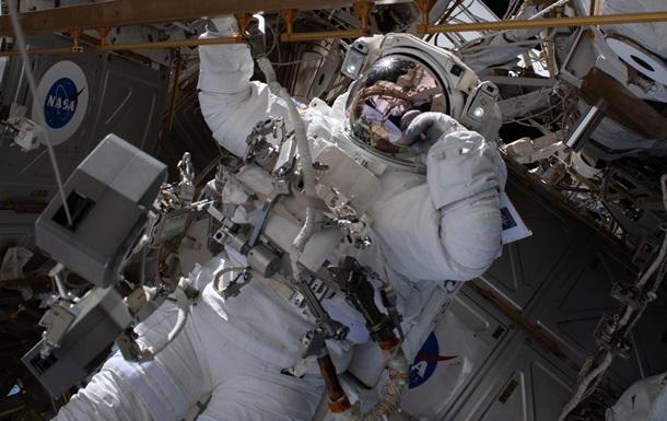 Астронавт показал  мраморное  фото Земли с МКС