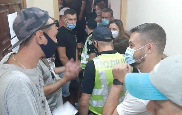 В Киеве водители устроили бунт на штрафплощадке
